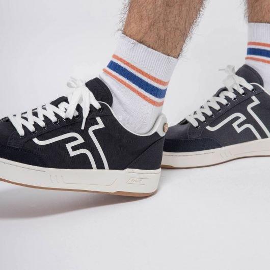 socks-x3-chaussettes-en-coton-recycle-marine (1)